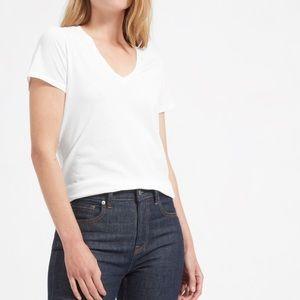 EVERLANE THE COTTON V-NECK Supima White T-shirt